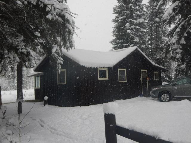 Ben Rover Cabin, Polebridge, Montana